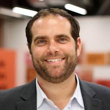 photo of Ben Stapleton
