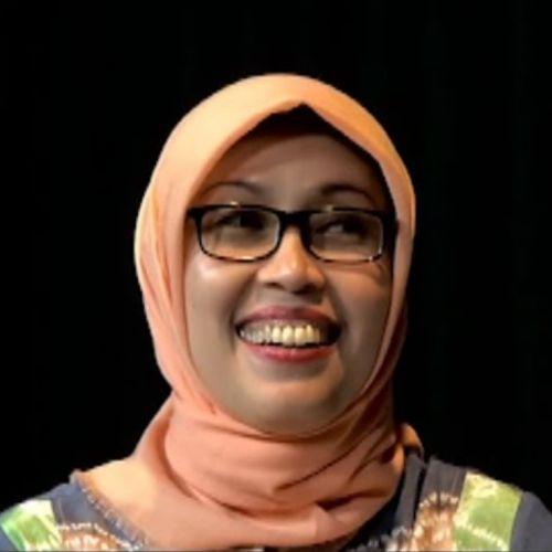 photo of Okty Damayanti